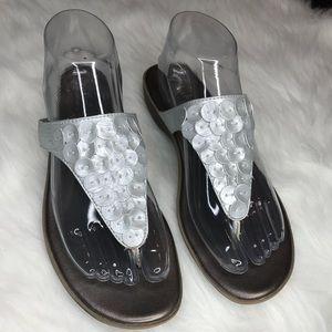 Clarks Bendables Sandals Size 8